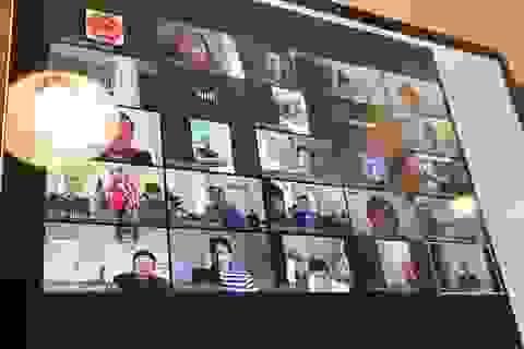 Bác sĩ Việt lập tổ tư vấn Covid-19 trực tuyến cho đồng bào xa quê hương