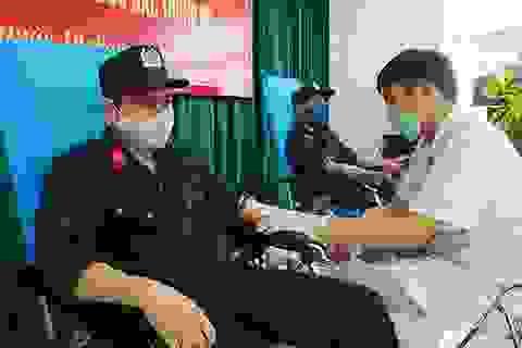 Trung đoàn cảnh sát cơ động đăng kí hiến hơn 600 đơn vị máu để cứu người