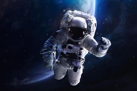 Du hành vũ trụ thời gian dài có thể làm biến dạng não