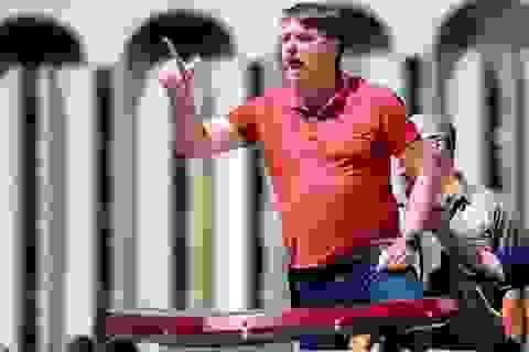 Tổng thống Brazil xuống đường biểu tình phản đối lệnh ở nhà chống Covid-19