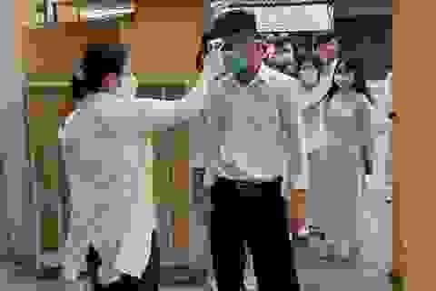 Nhiều tỉnh miền Tây cho học sinh khối 9 và 12 đi học trở lại vào ngày 27/4