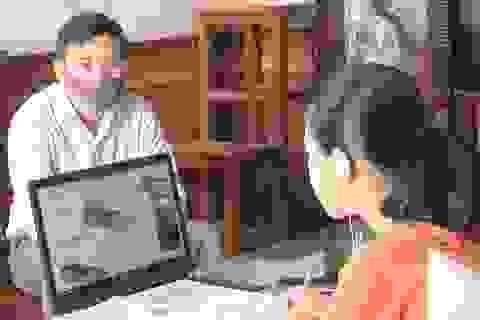 Học trực tuyến: Học sinh vùng sâu và dân tộc thiểu số gặp khó