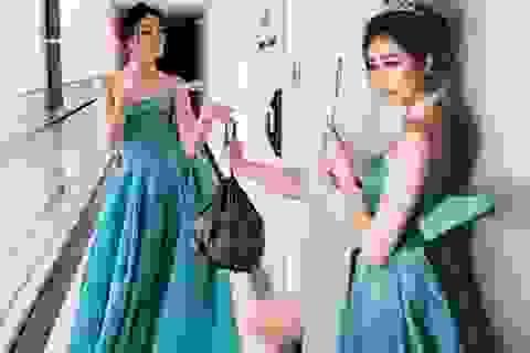 Hoa hậu, siêu mẫu diện đầm dạ hội… đi đổ rác