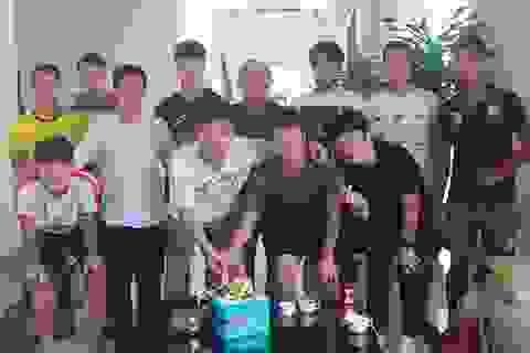 HLV Park Hang Seo dự sinh nhật Xuân Trường, tặng quà các tuyển thủ Việt Nam