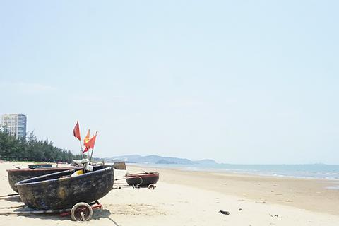"""Biển Cửa Lò """"ngóng"""" khách du lịch dịp nghỉ lễ"""