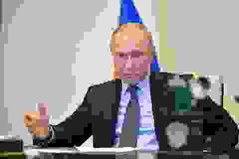 Tổng thống Putin: Cuộc chiến Covid-19 ở Nga đang căng thẳng