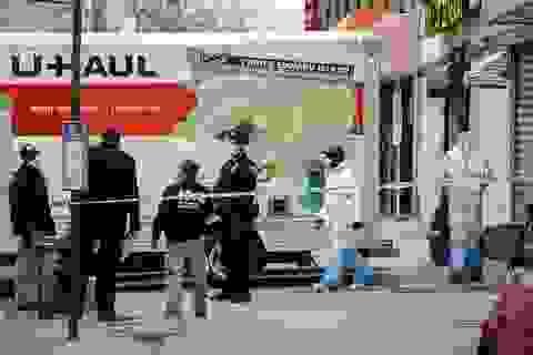 Hàng chục thi thể phân hủy trên xe tải ở New York giữa dịch Covid-19