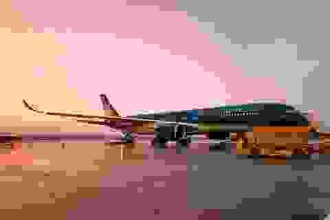 Sân bay Vân Đồn đón 276 người Việt từ Canada về theo qui trình đặc biệt