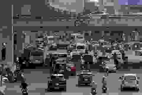 Đường phố Hà Nội đông đúc trở lại sau nghỉ lễ