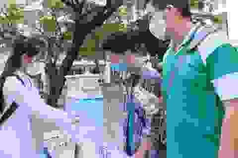 Đà Nẵng: Trang bị cả máy rửa tay sát khuẩn tự động cho giáo viên, học sinh