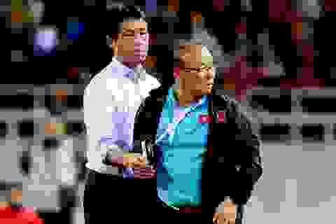 HLV Nishino về nước, Thái Lan lo lắng trước loạt trận World Cup