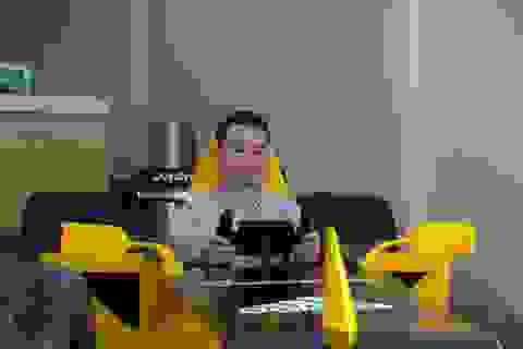 Hụt xem giải F1 tại Hà Nội, fan bỏ 50 triệu làm xe đua mô hình