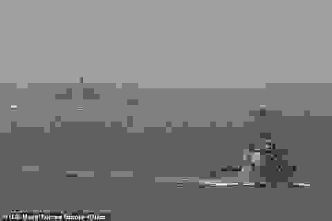 Tàu chiến Mỹ lần đầu qua biển Barents sau hơn 30 năm, tàu Nga bám sát
