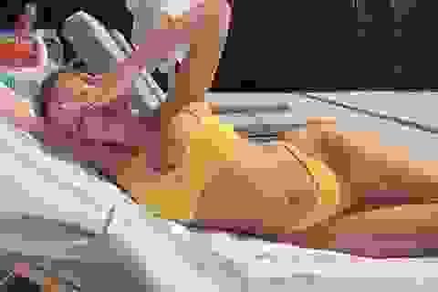 Bạn thân của Kylie Jenner tung ảnh gợi cảm