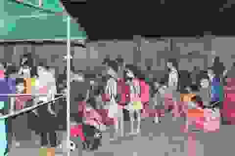 Nghệ An tiếp nhận và cách ly gần 400 người từ Lào và Việt Nam