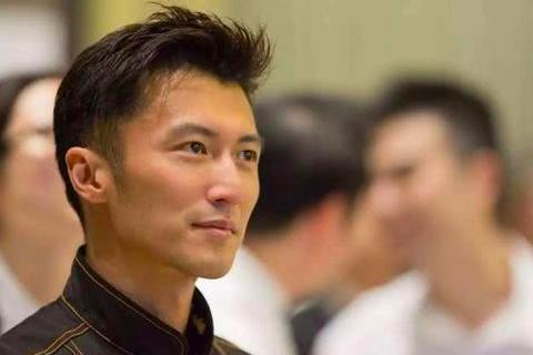 """Bị chỉ trích vô tâm, Tạ Đình Phong bí mật """"bù đắp"""" cho hai con trai"""