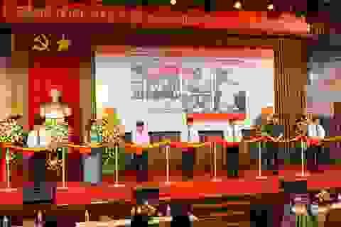 """Khai mạc trưng bày chuyên đề """"Hồ Chí Minh - Những nét phác họa chân dung"""""""