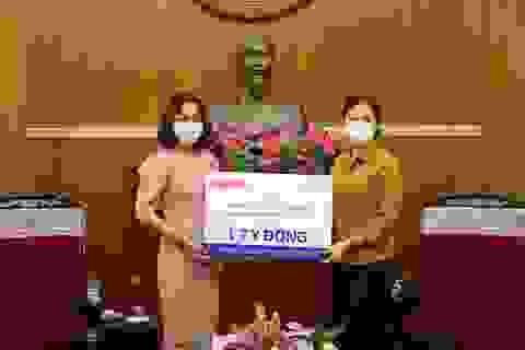 Tân Á Đại Thành và Dupont trao quà trị giá 1 tỷ đồng chống Covid19