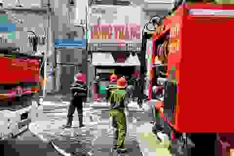 Cháy quán cơm gà ở trung tâm Sài Gòn, 4 người bị bỏng