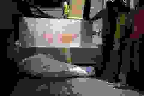 """Bi kịch bới xác tìm người nhà tại ổ dịch """"Vũ Hán ở Mỹ Latinh"""""""