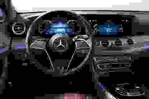 Mercedes-Benz E-Class 2021 sẽ được trang bị vô lăng cảm ứng