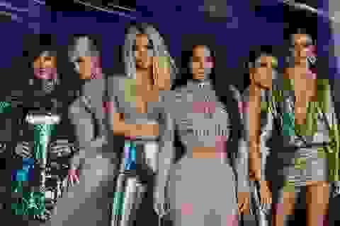 """Gia đình Kardashian mua quà """"khủng"""" tặng nhau trong ngày của mẹ"""