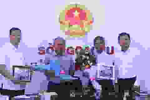 Đại sứ Philippines cảm ơn ngư dân Bình Định cứu người gặp nạn