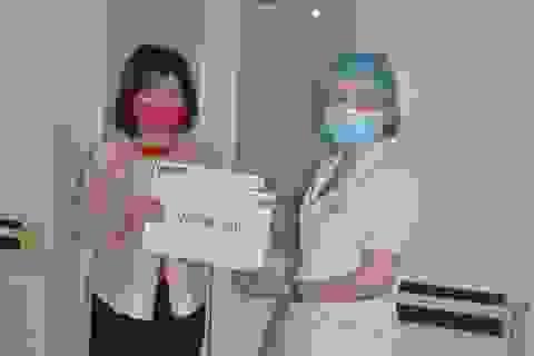 Bạn đọc báo Dân trí giúp đỡ gia đình 3 người bị bỏng hơn 500 triệu đồng