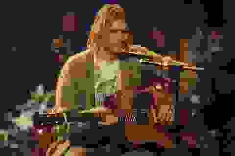Cây guitar của huyền thoại âm nhạc Kurt Cobain có giá 1 triệu USD