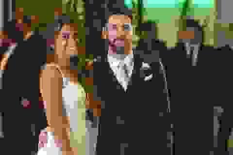 Lịch sử tình trường đầy bất ngờ của Lionel Messi
