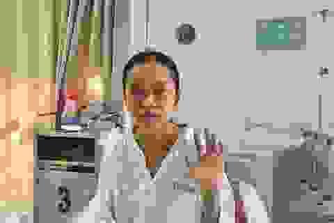 """""""Cô gái 19 tuổi cầu xin thêm 1 lần được sống"""" nghẹn ngào ngày xuất viện"""