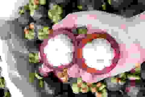 Hoa quả Thái tràn ngập, giá cao ngất ngưởng vẫn hút khách