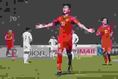 Phan Văn Đức báo tin không vui với HLV Park Hang Seo