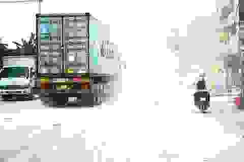"""Thảm cảnh vừa bụi vừa lầy trên """"con đường đại gia"""" ở Hà Nội"""