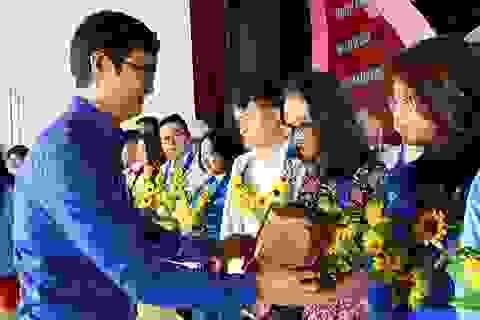 Hà Nội: Tuyên dương 90 gương Đảng viên trẻ tiêu biểu làm theo lời Bác
