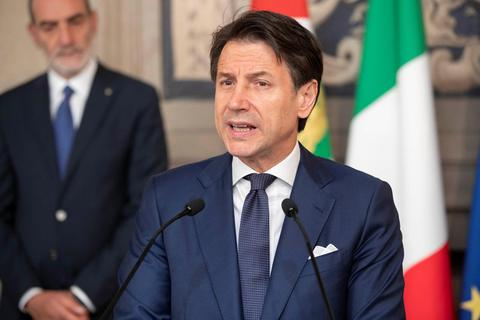 Thủ tướng Italia cảnh báo có thể rời liên minh châu Âu
