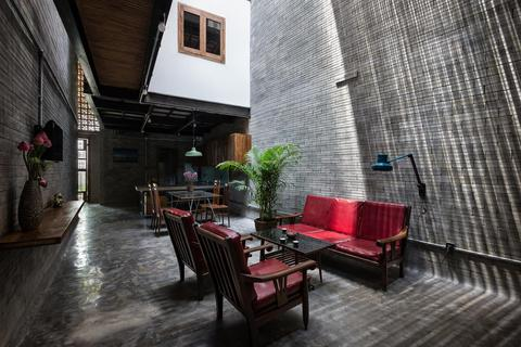 Độc đáo ngôi nhà mang phong cách thiền tĩnh lặng giữa lòng Sài Gòn