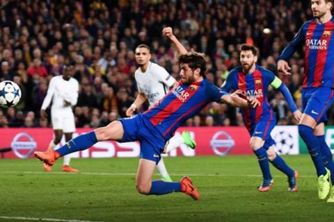 """UEFA: """"Trọng tài đã sai ở trận Barcelona thắng PSG 6-1"""""""