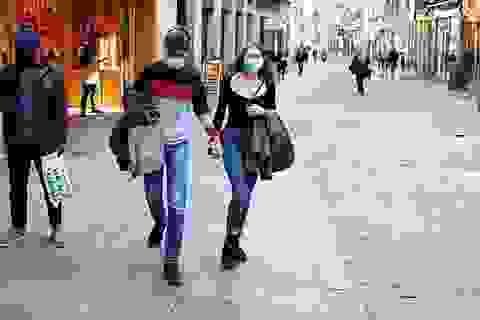 Số người chết vì Covid-19 trong ngày tại Tây Ban Nha thấp nhất sau 2 tháng