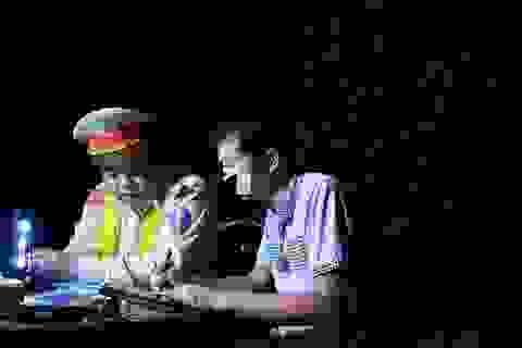 Ba giờ đấu tranh với tài xế vi phạm nồng độ cồn, dương tính với ma túy