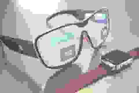 Lộ tính năng và giá bán kính thông minh sắp ra mắt của Apple