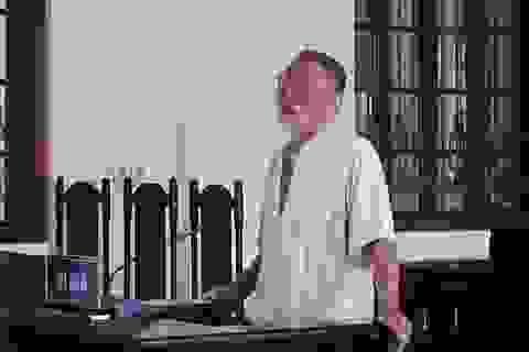 Dùng khăn tang trói em trai, cụ ông 81 tuổi hầu tòa