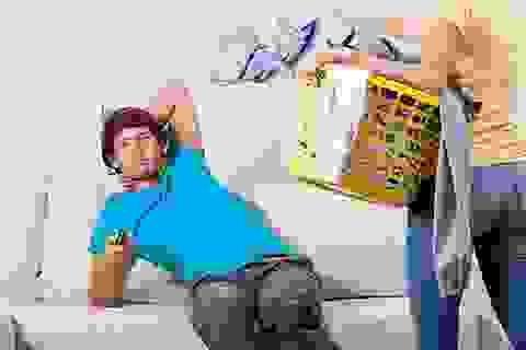 Không bao giờ làm việc nhà vì nghĩ mình là trụ cột kinh tế - thói xấu đàn ông nên bỏ ngay