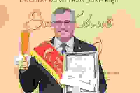Thẻ Vietcombank Connect 24 chip contactless nhận danh hiệu Sao Khuê năm 2020