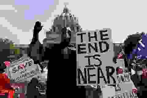 Nếu Mỹ sớm thực hiện giãn cách xã hội, 54.000 người có thể được cứu sống