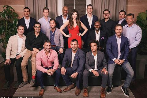 15 người đàn ông tranh tài để lọt mắt xanh người phụ nữ 41 tuổi