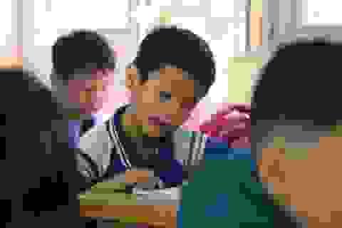 Bạn đọc Dân trí giúp cậu bé mắc ung thư tiếp tục ước mơ làm lớp trưởng