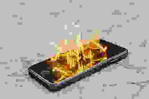 Trời nắng nóng, đừng quên lưu ý nhiệt độ trên smartphone và máy tính