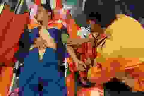 Khẩn cấp đưa một ngư dân Quảng Nam bị tai nạn vào bờ