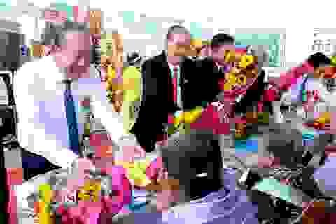 Long An: Phó Thủ tướng Trương Hòa Bình công bố huyện nông thôn mới